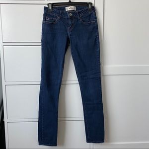 Hollister dark wash skinny jeans